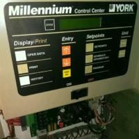 Двухконтурный чиллер york 180 кВт б/у