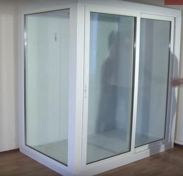 Стеклянная холодильная камера для цветов